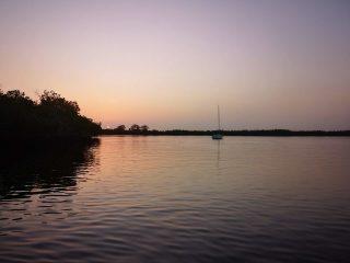Atardecer en la isla de Eghid en la Casamance